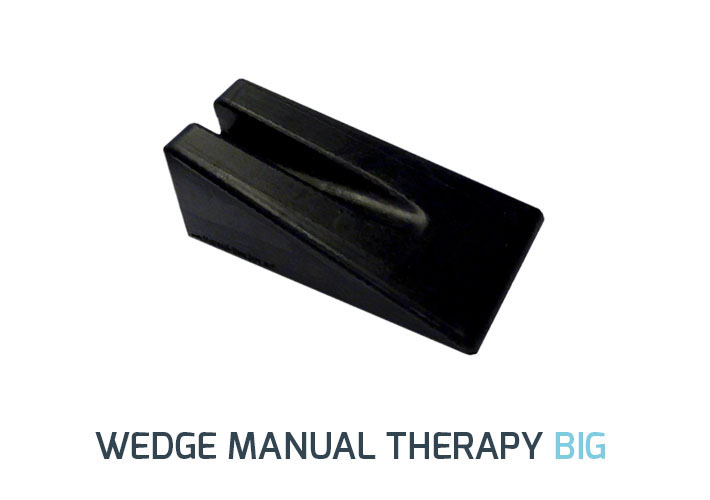 Having a compact design, the big wedge for Manual Therapy is ideal for mobilizations of the spine and extremities. It is constructed of a firm but comfortable rubber with a groove to relieve pressure on the spinous process during mobilizations. The rubber prevents wedge from slipping.</br><b>Size: </b> 23cm x 10.5cm x 8.2cm </br> <b>Color: </b>Black